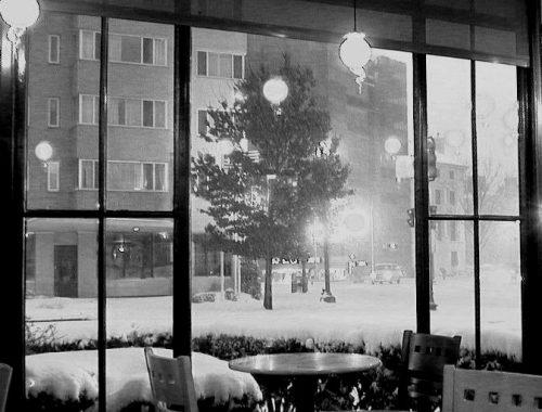 2021 starbuck's dup cir snow scene