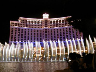 Copy of 5350 Bellagio w fountain (curving) (ok)