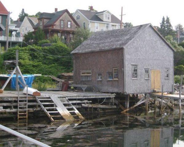 IMG_8561 dockyard buildings, weathered wood, cropped (nice)