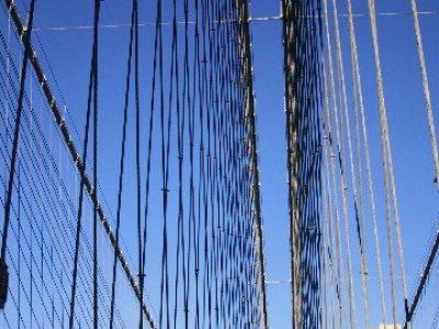 img 0063D brooklyn bridge blue sky cable sharp (good)